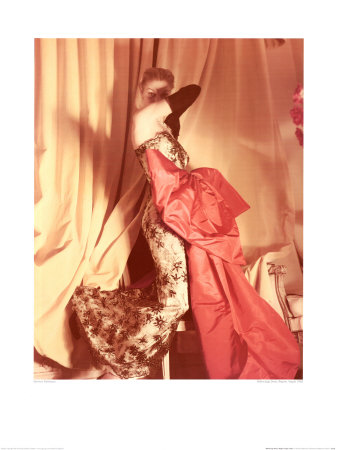 21638balenciaga-dress-regine-vogue-1950-posters.jpg
