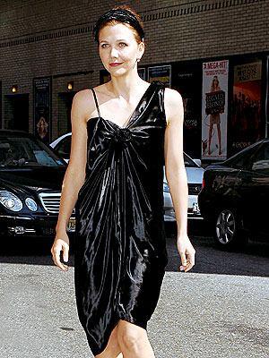 maggie-gyllenhaal-dress.0.0.0x0.300x400