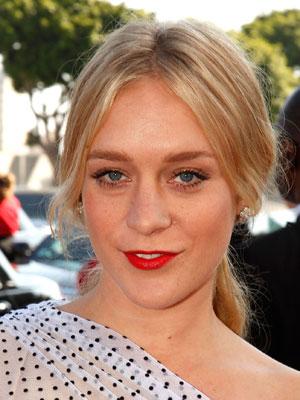 630e7219b2b0c97f_Chloe-Sevigny-2009-Emmys